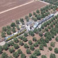 Scontro tra treni in Puglia: l'incidente visto dall'elicottero dei vigili del fuoco