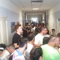 Scontro fra treni, a Bari la coda per donare sangue