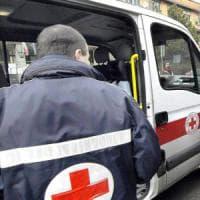 Foggia, scontro fra tre auto sulla Statale 16: muore una trentenne, ferito