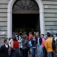 Scuola, in Puglia crollano iscrizioni e tempo pieno. Alle superiori 1 su