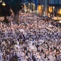 Bari, la cena bianca davanti alla Fiera del Levante: 8mila in tavola sul