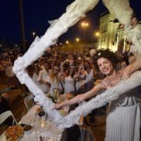 Cena bianca a Bari, scatta la denuncia per i post su Fb: