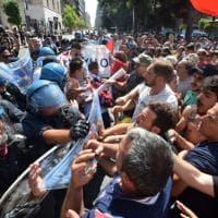 Taranto, i genitori dell'Ilva contro Renzi: