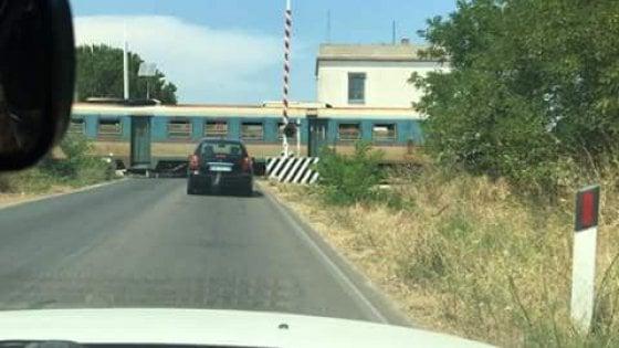 Passaggi a livello non funzionanti, il prefetto chiede verifiche alle aziende ferroviarie