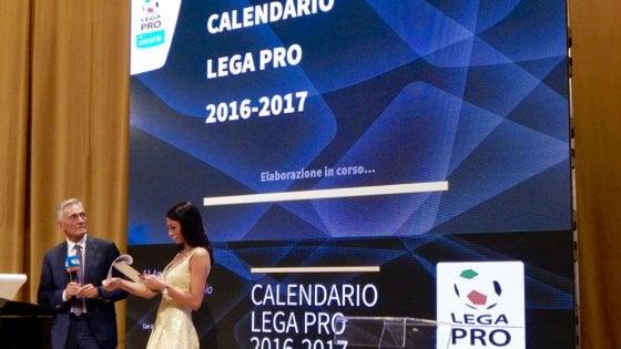Calendario Lega Pro Foggia.Calcio Lega Pro Al Via Con 2 Derby Pugliesi Il 28 Agosto