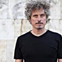 Taranto, Niccolò Fabi canta per i bambini dell'Ilva: un concerto per far