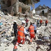 Terremoto, dalla Puglia la macchina degli aiuti: vigili del fuoco, soccorsi