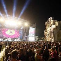 Lecce, è la Notte della Taranta: l'invasione di Melpignano