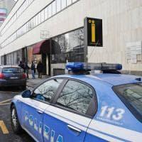 Monopoli, commando rapina noto ristoratore: bloccato sulla sua Jaguar