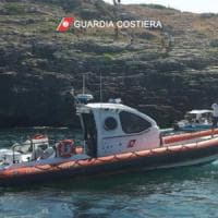Salento, donna ferita in mare: il militare si getta in acqua per salvarla