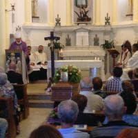 Terremoto, a Taranto i funerali di suor Anna Serio. Il vescovo: