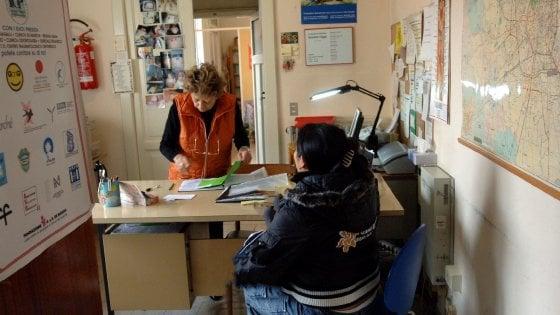 Bari, il Comune in campo contro lo stalking: borse lavoro per le vittime
