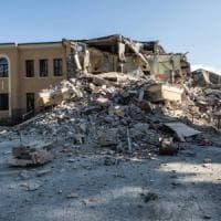 Terremoto, la finanza in un'azienda di Bari: ha ristrutturato la scuola