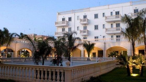 Sequestrato complesso residenziale a Gallipoli