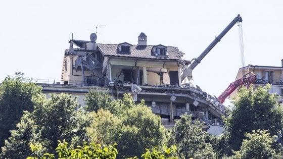 Io scampato al terremoto di amatrice 39 grazie 39 a un - Letto anti terremoto ...
