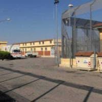 Foggia, grave migrante ferito a coltellate durante una lite al Cara: fermato l'aggressore