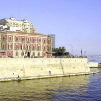 Taranto, arrestato un ufficiale della Marina militare: intascava una tangente di 2mila 500 euro