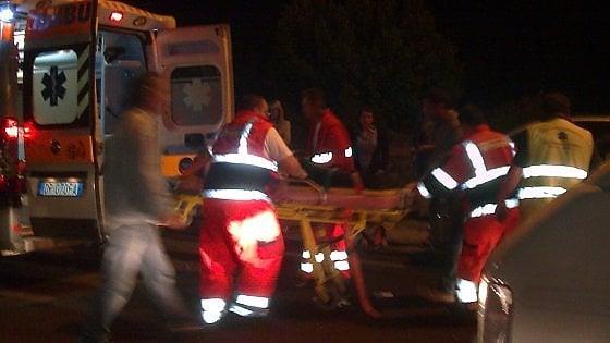 Scontro fra 4 auto e un camion sulla Bari-Taranto: sette feriti, quattro sono gravi