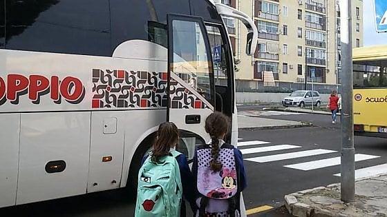 Bari, scuolabus al via in un istituto su tre. Per la mensa bisogna aspettare il 3 ottobre