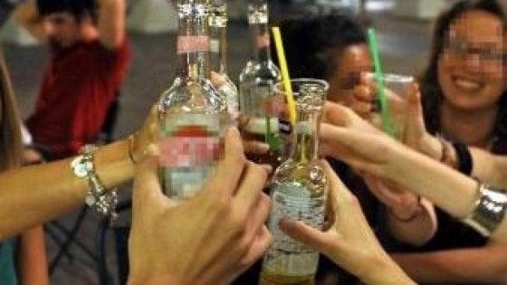 Bari, troppo alcol alla festa dei liceali: quattordicenne intossicata finisce in ospedale