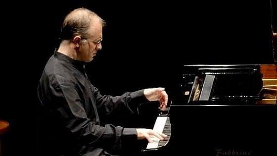 Musica, a Bari il festival Time Zones: Emanule Arciuli al piano e spazio ai ritmi giapponesi