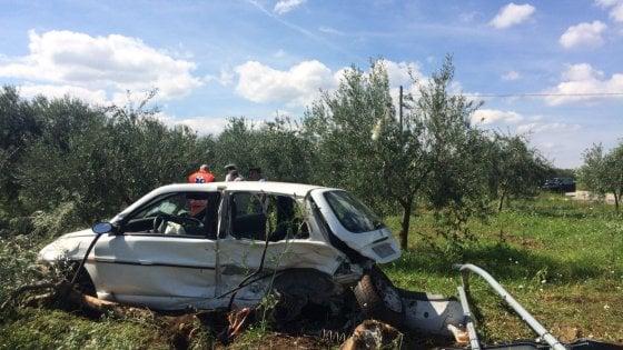 Corato, scontro fra due auto: muoiono due ventenni all'incrocio killer