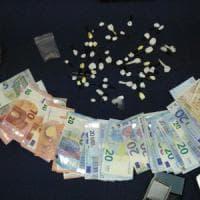 Brindisi, fidanzati-pusher nelle vie della movida: arrestati nella notte