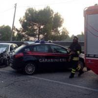 Fasano, si schianta con l'auto contro il guardrail: una 42enne muore sulla