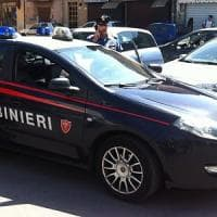 Lecce, carabiniere prende in prestito la bici di un passante e arresta lo