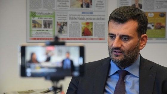 Anci, Decaro (Pd) sarà l'erede di Fassino: il sindaco di Bari candidato unico al congresso dei Comuni italiani