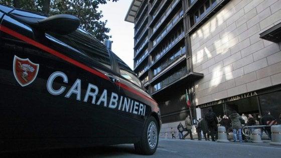 Bari, chiede un permesso per la comunione della figlia ed evade: preso dopo la fuga