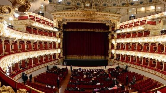 """Bari, 74 licenziamenti in arrivo al teatro Petruzzelli. Il sovrintendente: """"Scelta obbligata"""""""