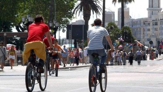 Bike sharing a Bari, via alla gara: previste anche le biciclette elettriche nelle 34 postazioni in città