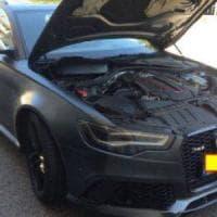 Brindisi, presa la banda dei colpi ai bancomat: in garage l'Audi blindata