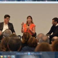 Bari, la ministra Boschi in Fiera per il sì al referendum: la sala gremita