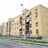 Bari, 143 abusivi occupano un intero isolato di case popolari. Il giudice: