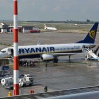 Aeroporti, Bari e Napoli verso la fusione. Ryanair li boccia: