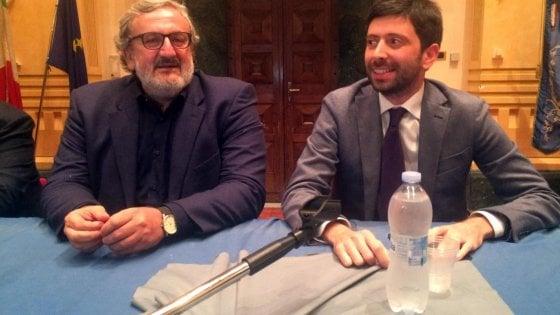 """Referendum, Michele Emiliano sceglie di non spaccare il Pd: """"In Puglia libertà di coscienza"""""""