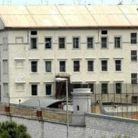 Carceri strapiene, Puglia seconda in Italia