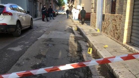 San Severo, 38enne ucciso nel centro storico: i killer hanno sparato all'impazzata