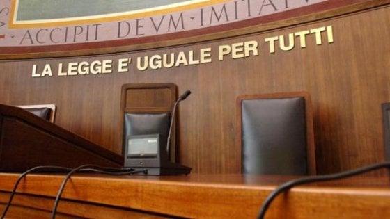 Lecce, 153 giudici chiedono l'aumento di stipendio: i colleghi del Tar dicono no