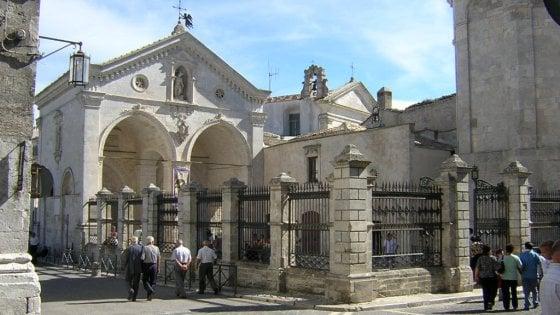 Terremoto, in Puglia un mese di visite guidate nei luoghi dell'arte: il ricavato al museo di Amatrice
