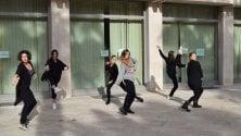 Ballerine per strada presentazione-show