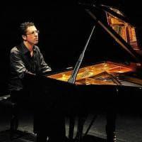 Agenda/ Sinfonia allo Showville: il pianista Andaloro in concerto per la