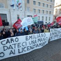 Bari, l'ira dei musicisti del Petruzzelli contro la Fondazione: 74 a un