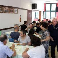 Lecce, crollano le donazioni dei privati: la mensa per i poveri rischia