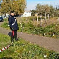 Foggia, trovato il cadavere bruciato di una donna davanti al Cara: sospetto