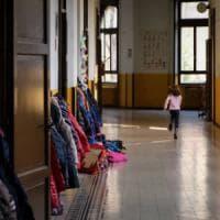 Bari, una bambina di 2 anni e mezzo scappa dall'asilo: ritrovata illesa a diversi isolati...
