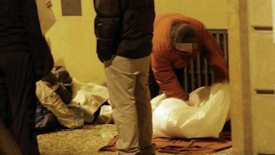 Lecce, caffè 'sospeso' ai clochard della stazione: solidarietà per l'emergenza gelo