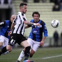 Bari calcio, Giancaspro alza il budget e punta Floro Flores e Donnarumma